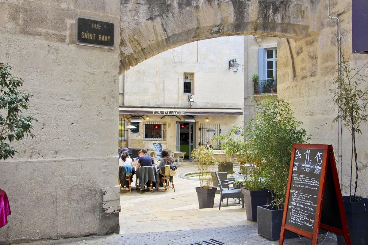 Place Saint Ravy