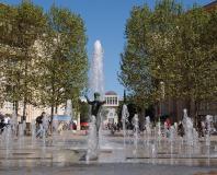 Montpellier - la fontaine du nombre d'or à Antigone
