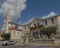 Vendargues - la mairie et l'église