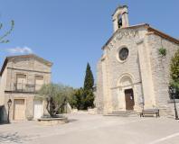 Montaud - l'église et la mairie